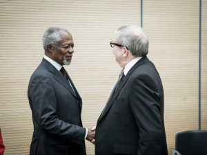 Kofi-Annan-and-Tim-Reed